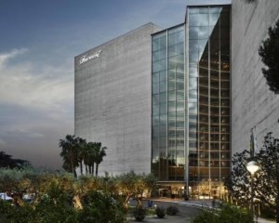 Devanture de l'hotel Fairmont Rey Juan Carlos I à Barcelone