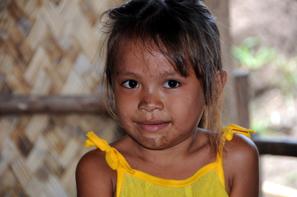 Young displaced girl