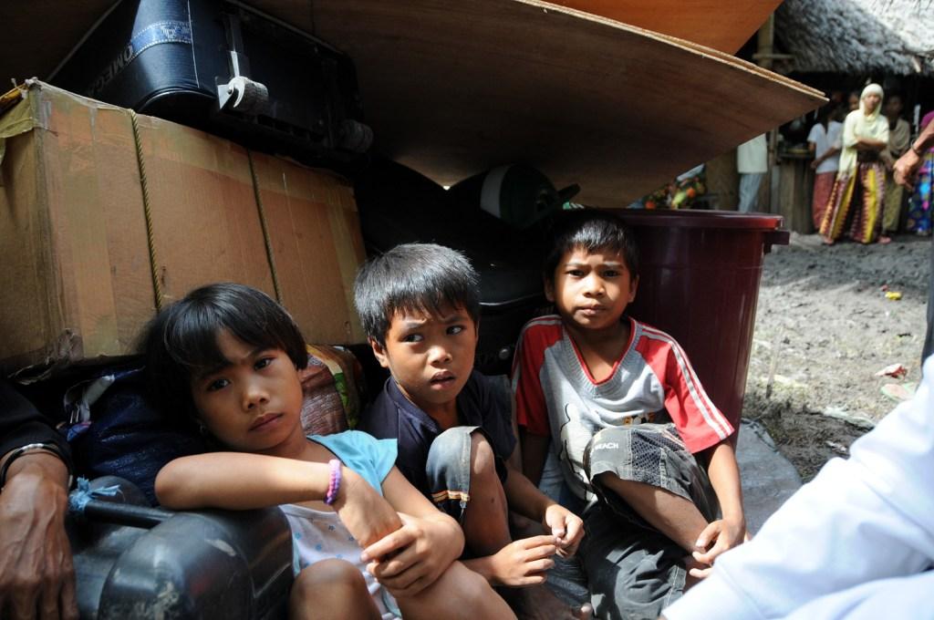3 kids recently displaced kids