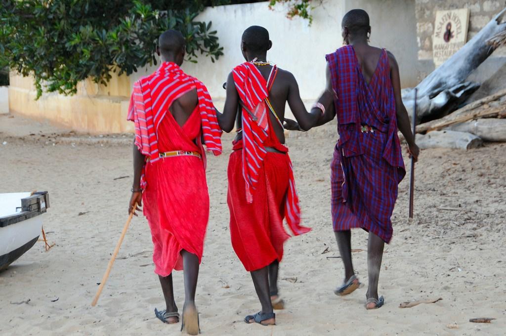 3 Lamu buddies