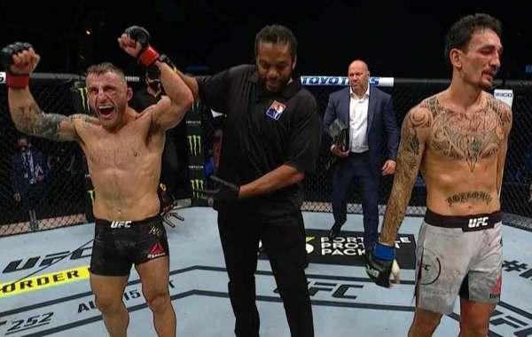 Alexander Volkanovski narrowly defeats Max Holloway at UFC 251 to retain the UFC featherweight championship. Photo credit: UFC.