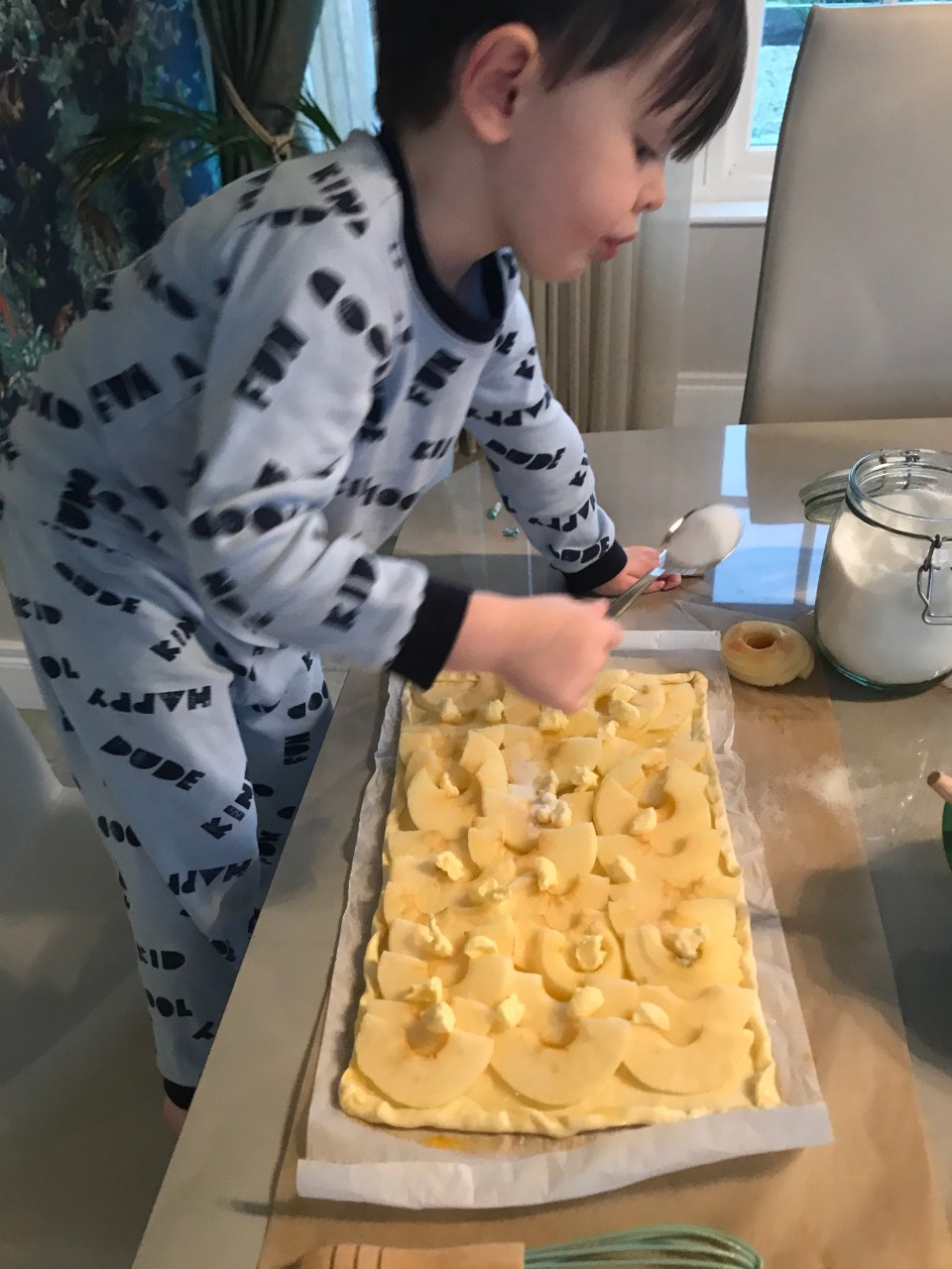 Cooking with toddlers montessori recipe for apple tart