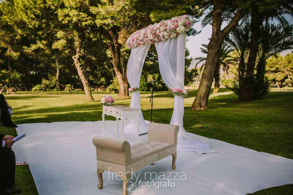 wedding flowers at Principe Felipe La Manga