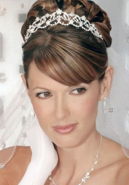 wedding hairstyles for round faces 4 long hairstyles