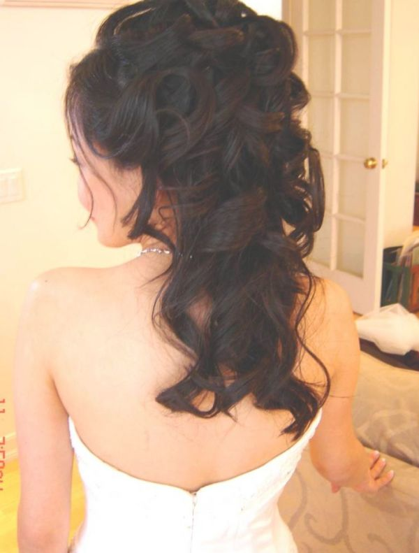 20 Half Up Curly Hairstyles Pictures And Ideas On Meta Networks