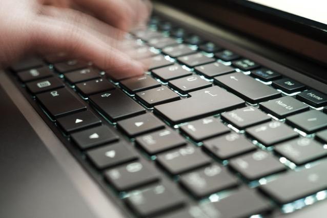SpeedCoder 提升寫程式效率!多種程式語言線上練習英打速度