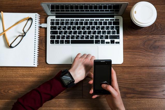 Device Metrics 應用程式開發必備!Google 收錄筆電、行動裝置及穿戴裝置螢幕規格細節查詢 via @freegroup