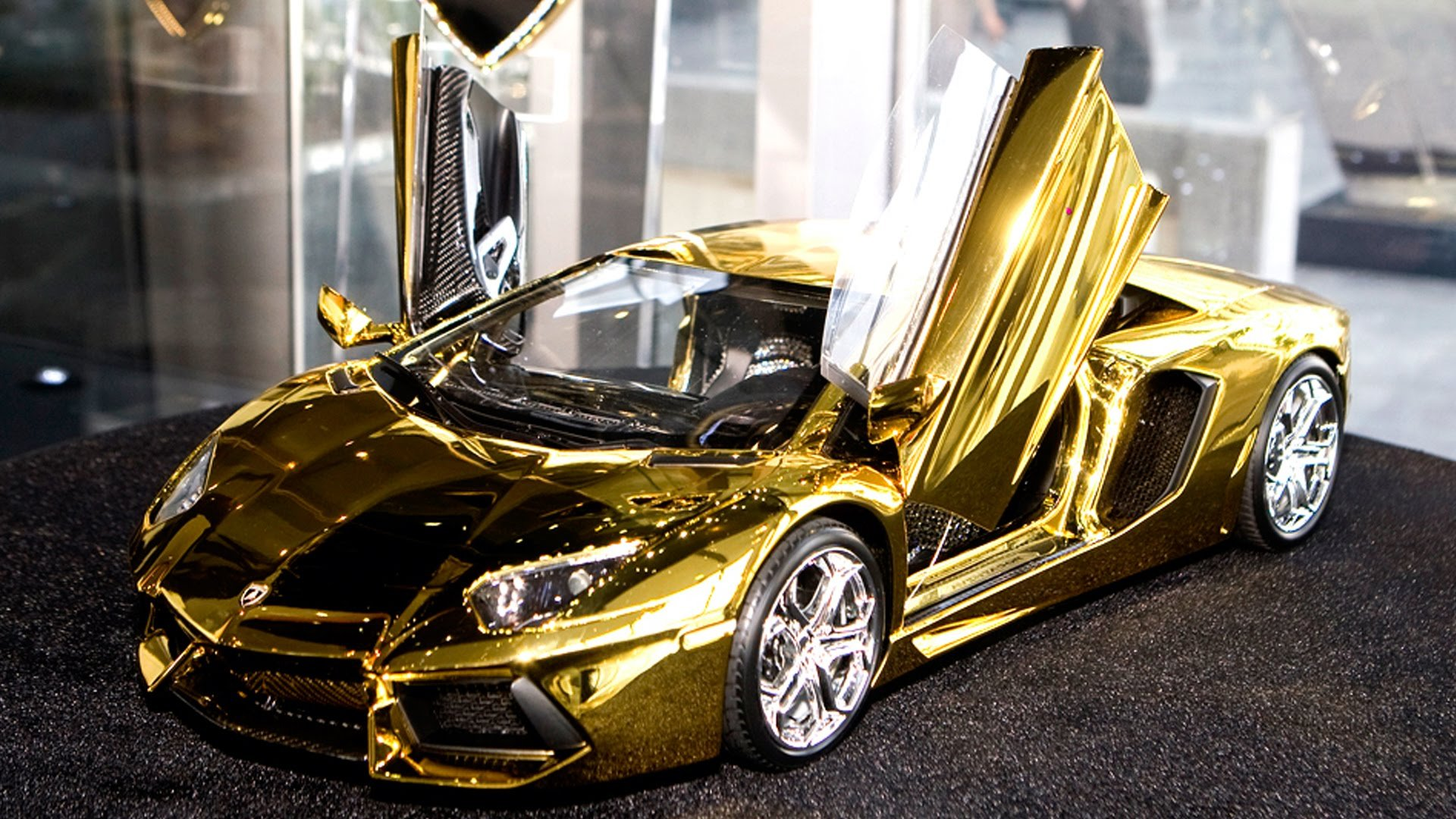 World Most Costly Car Wallpaper Gold Car Hd Wallpaper