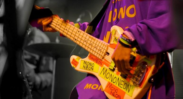 MonoNeon Bass Lesson