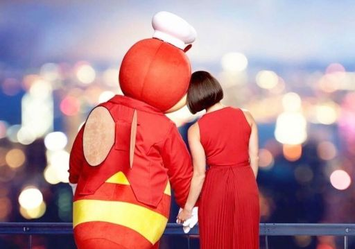 This classic chicken store shows its support for Jollibee after towel scandal