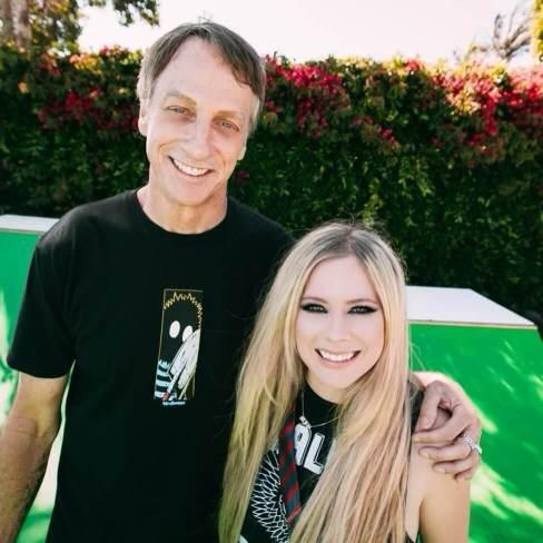 "Avril Lavigne taps immortal ""Sk8er Boi"" Tony Hawk for her first TikTok video"