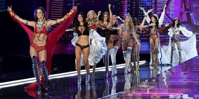 Victoria's Secret Angels on the runway
