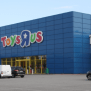 Toys R Us Closing 180 Stores Starting In February Is One