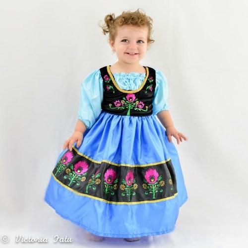 Frozen Anna Dress Up