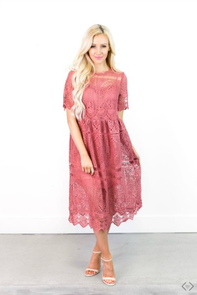 40% off Dresses (Start under $15)