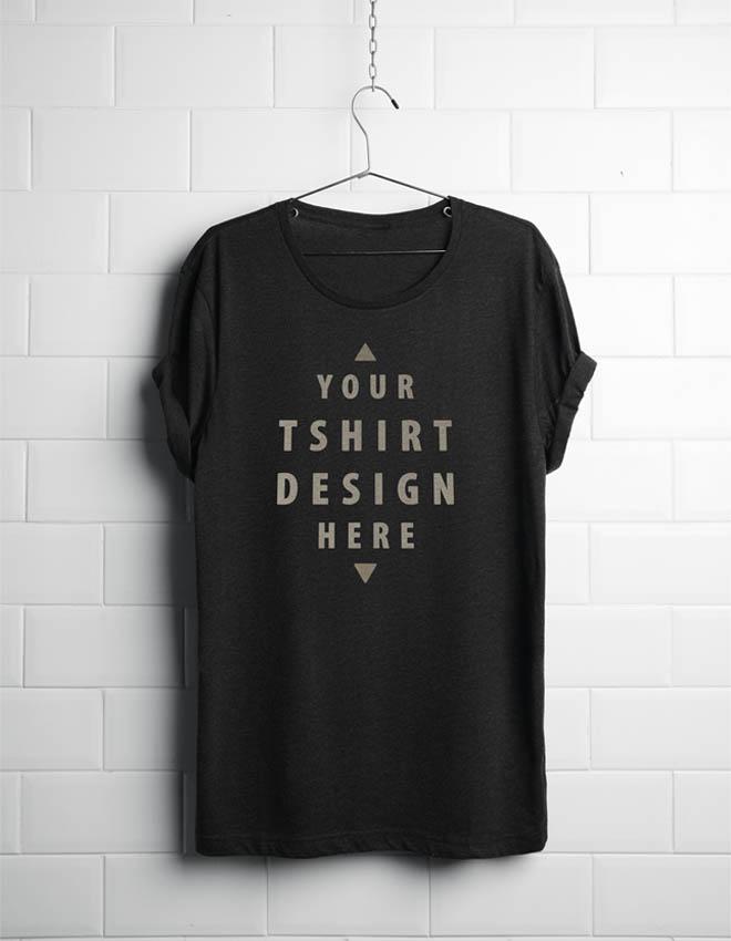 Free Hanging T-Shirt Mockup PSD
