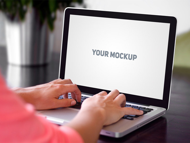 Realistic MacBook Mockup PSD