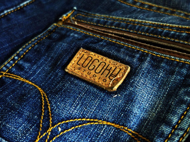 Free Pocket Jeans Label Mockup PSD
