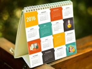 Free Stand Calendar Mockup PSD