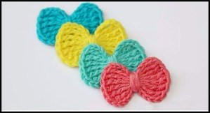 Crochet ties side by side with various colors to be done following the free pattern and pattern