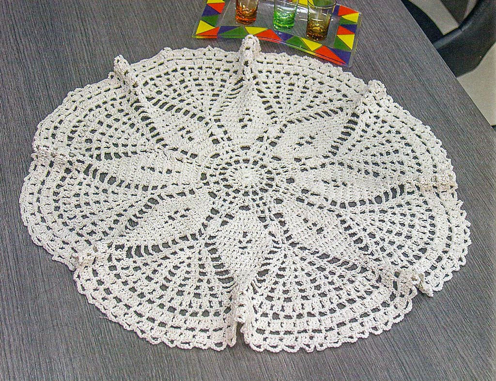 Tablecloth crochet pattern free - Very easy to do - YARN OF CROCHET