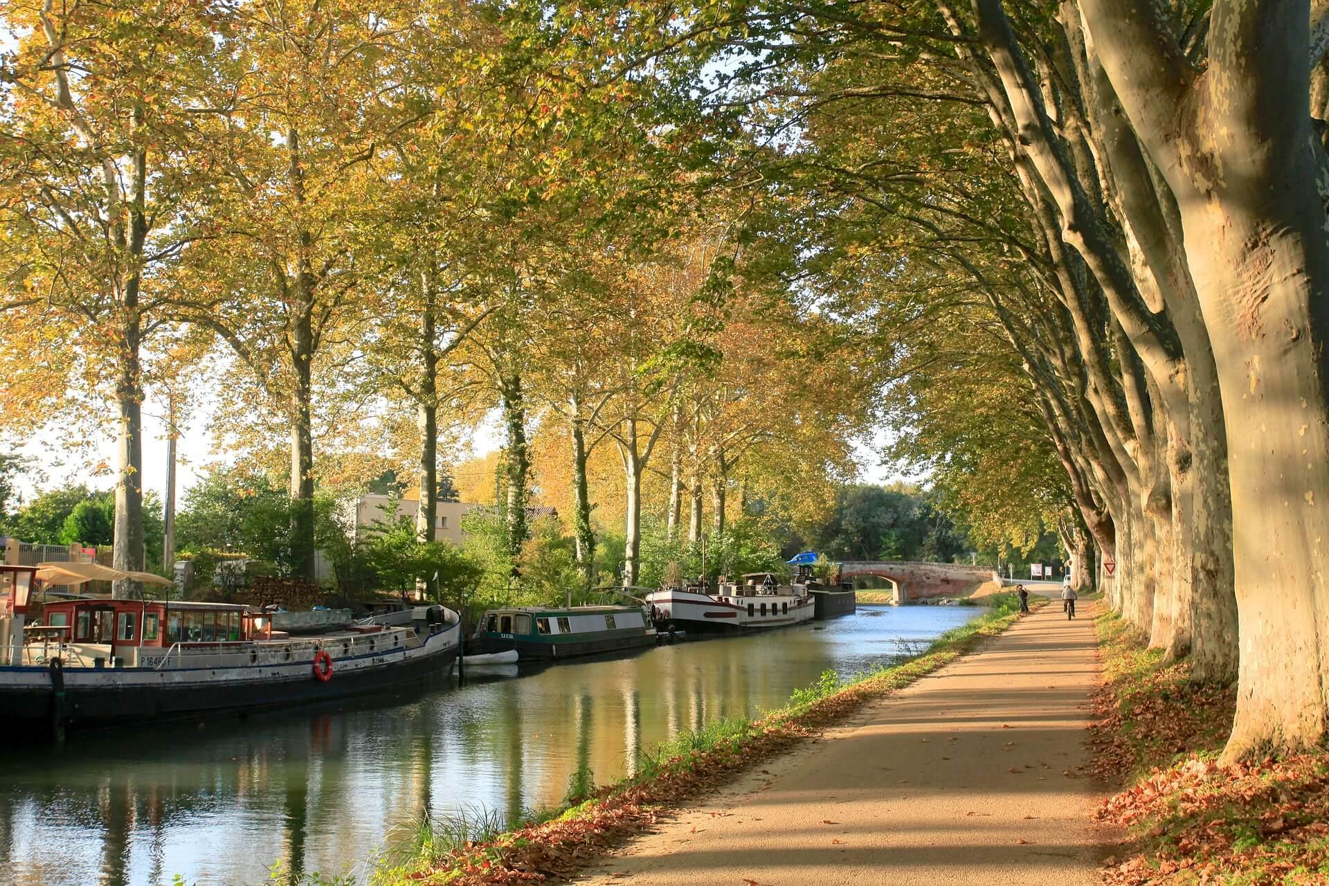 canaldumidi-3412865_1920-2 Agence de location de van aménagé à Toulouse