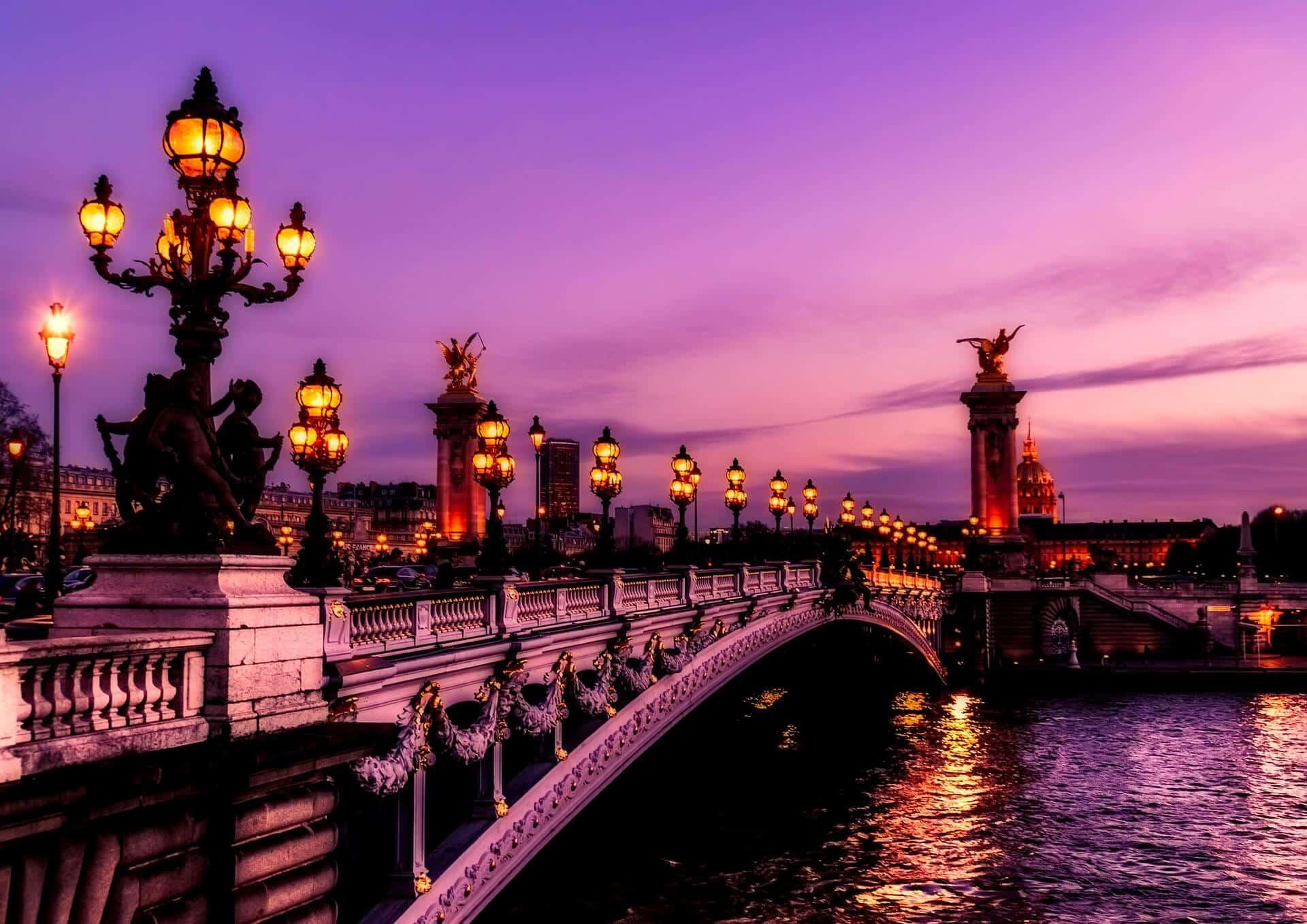 photo-paris-pour-page-accueil-2 Agence de location de fourgons aménagés à Paris