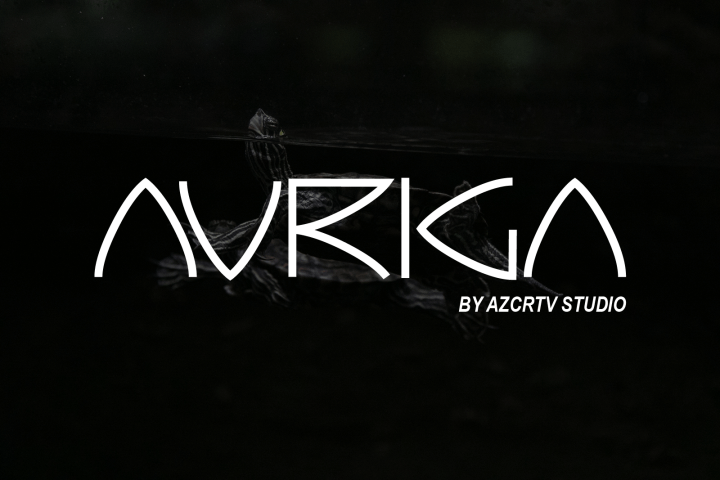 Auriga Free Display Font