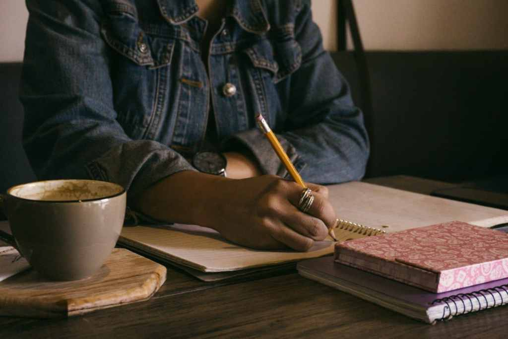 7 Tips to stay focused while writing
