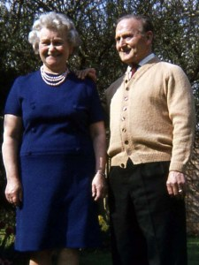 Annette and George Searle