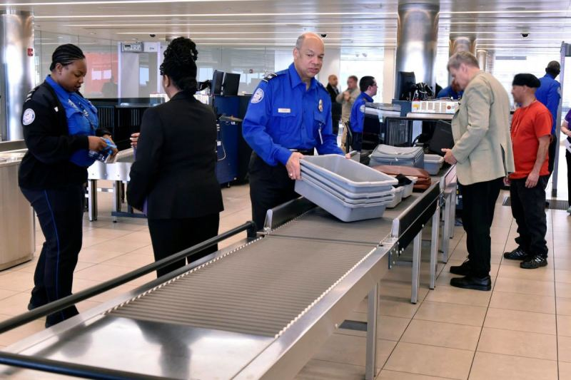 TSA Has Been Allowing People To Fly Without ID and Escorting Them Around Checkpoint…Can You Guess Who?