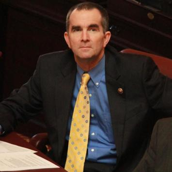 """Virginia State Senator Warns Everyone Ahead of Second Amendment Rally, """"We Are Being Set Up!"""""""