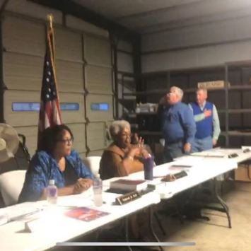 Democratic Chairwoman Threatens To Call Cops if Pledge of Allegiance Is Recited At Meeting