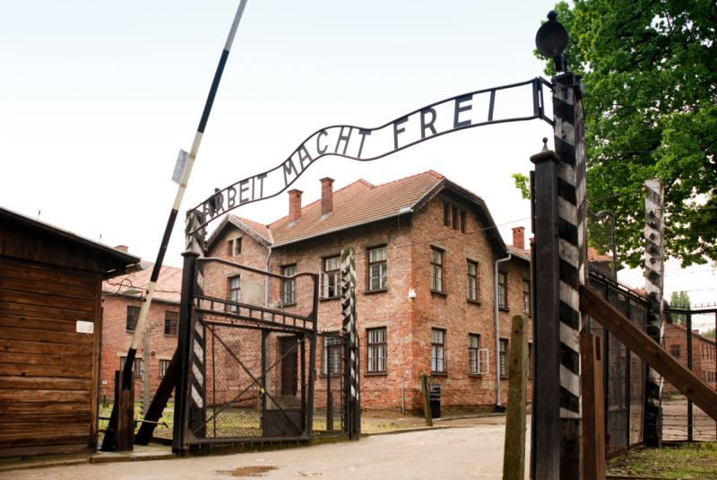 Gov. Cuomo Proposes New Bill That Will Turn New York Into Auschwitz