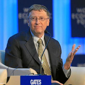 BOMBSHELL: Bill Gates Was Living the Playboy Lifestyle All Along!