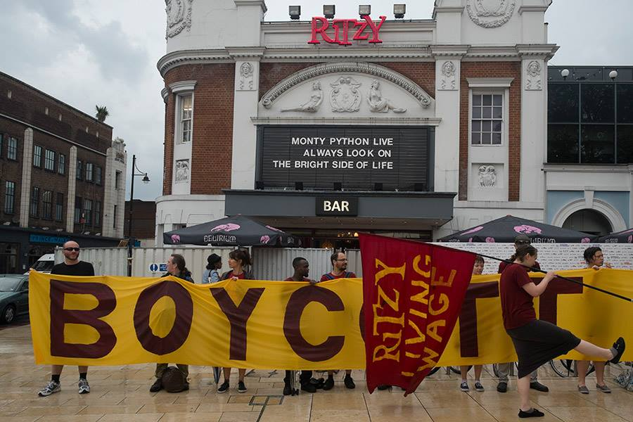 Ritzy workers strike for Living Wage