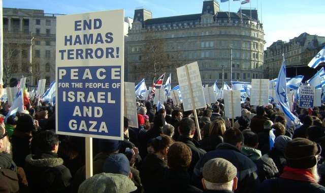 Israel_peace_rally,_London_Jan_11_2009_P