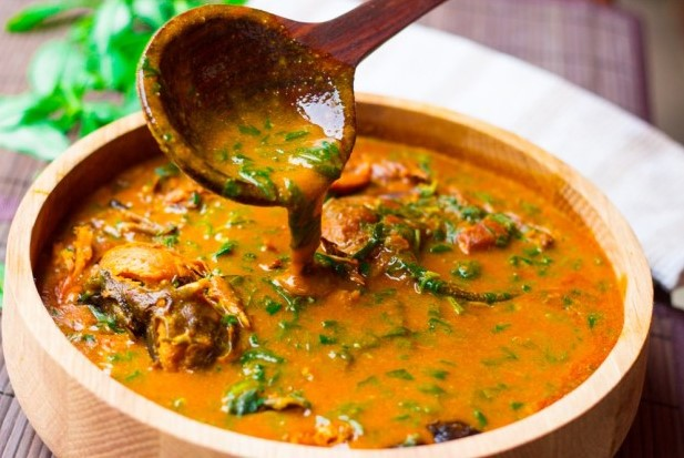 how to prepare ogbono soup with ugu, water leaf or bitter leaf