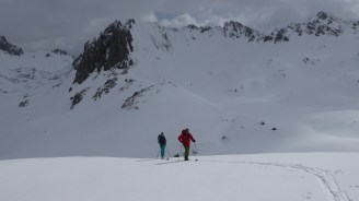 Ski Touring up to Tuffs de Grassez,Tignes