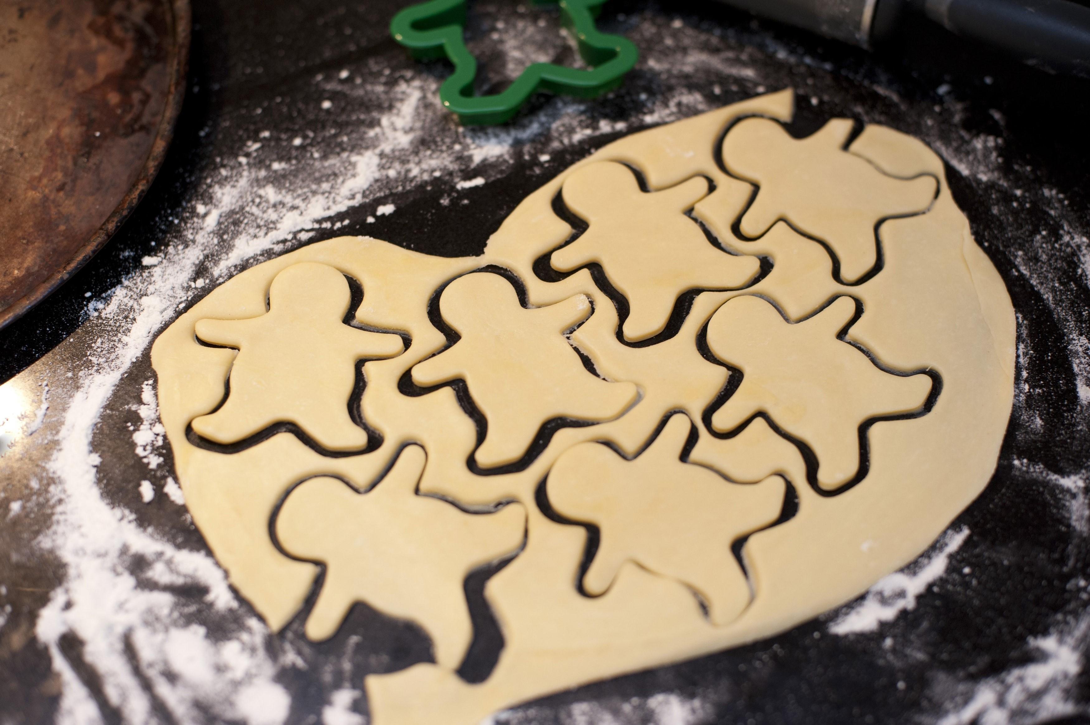 Baking cookies  Free Stock Image
