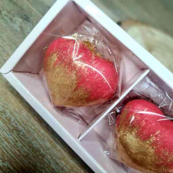 Valentines macarons box