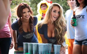 Beer Pong Girls