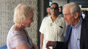 Lyn Ulbricht chats with Ron Paul at Anarchapulco 2019