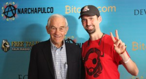 Ron Paul and Ian Freeman wearing a Pho Keene Great hat.
