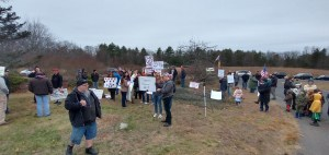 Protestors in front of NH governor's home.