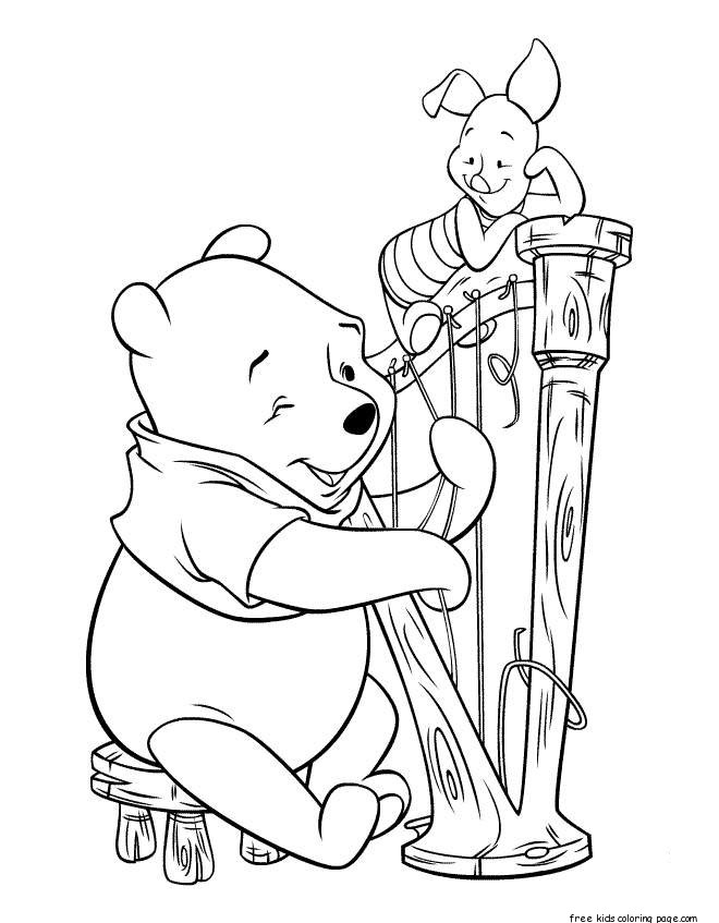 Printable coloring pages Winnie the Pooh and Piglet play