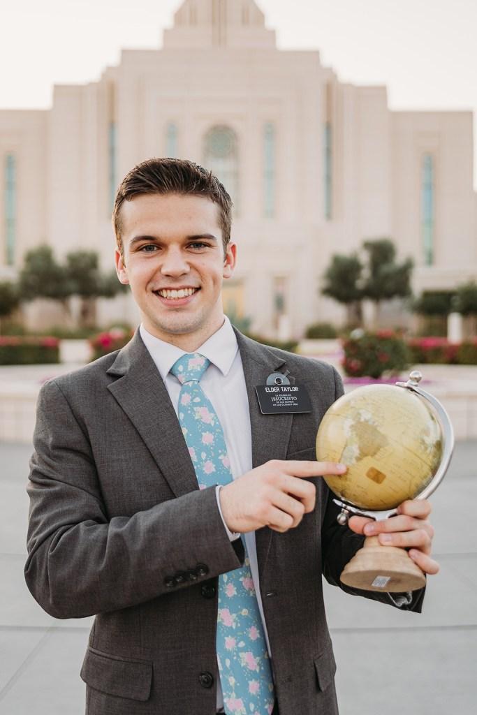 LDS missionary photoshoot at gilbert az temple