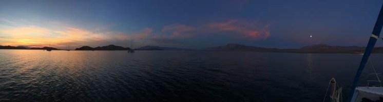 Sunrise and moonset over La Gringa