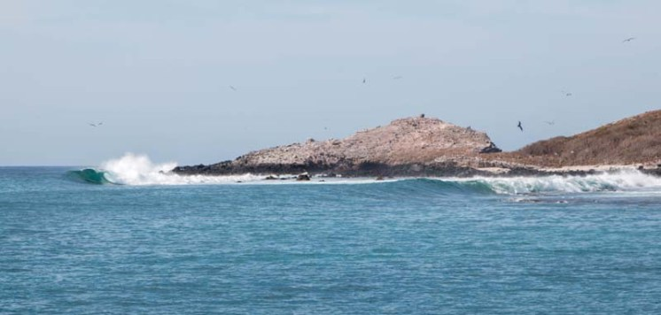 The swell rolling through the Isla Isabela anchorage