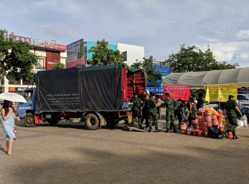 The Thai military gathering supplies for